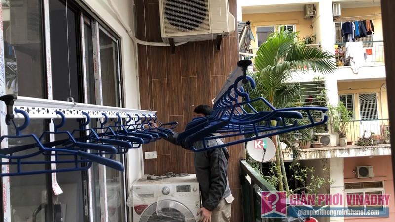 Lắp 2 bộ giàn phơi quần áo 950 nhà chị Bích, chung cư H8, KĐT Việt Hưng, Long Biên, Hà Nội - 08