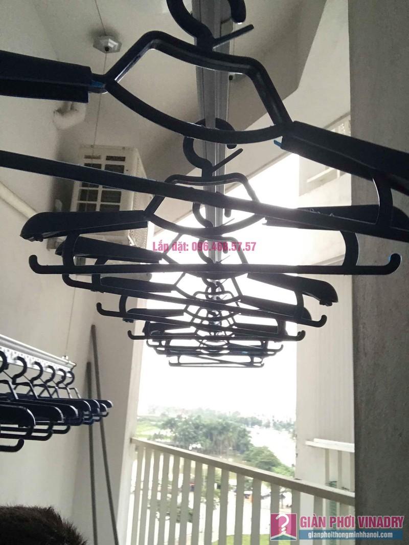 Lắp giàn phơi Hòa Phát Star nhà chị Nhiên, chung cư Green House Việt Hưng, Long Biên, Hà Nội - 02