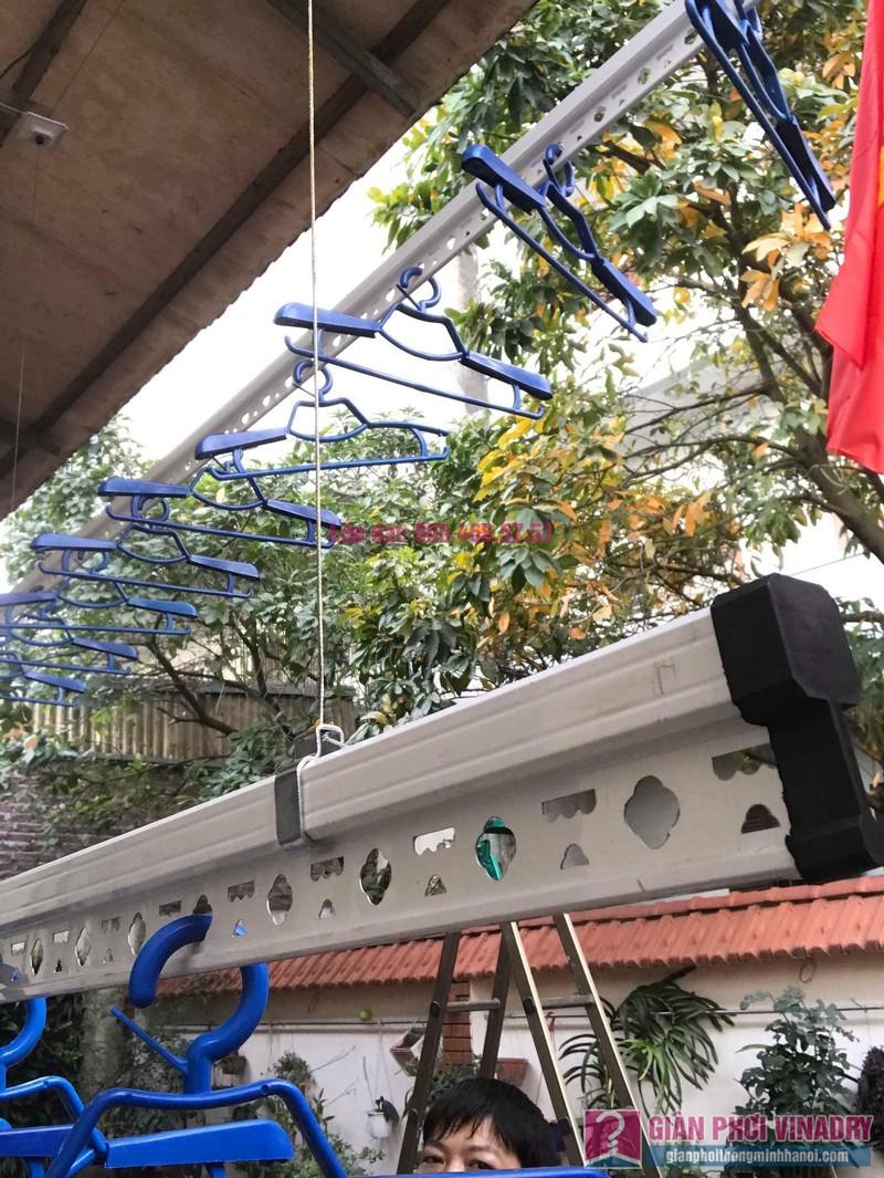 Lắp giàn phơi cho trần mái tôn nhà anh Dũng, Khu TT đường sắt Hà Thái, Đông Anh, Hà Nội - 03