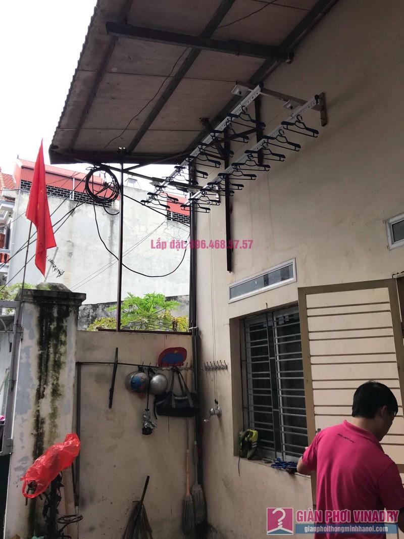 Lắp giàn phơi cho trần mái tôn nhà anh Dũng, Khu TT đường sắt Hà Thái, Đông Anh, Hà Nội - 06