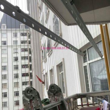 Sửa giàn phơi quần áo nhà chị Nhu, chung cư CT3C Cổ Nhuế, Nam Từ Liêm, Hà Nội
