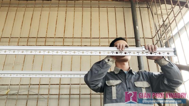 Lắp giàn phơi Hoàng Mai: bộ đôi giàn phơi Hoà Phát 999b nhà anh Thu, ngõ 533 Tam Trinh - 02