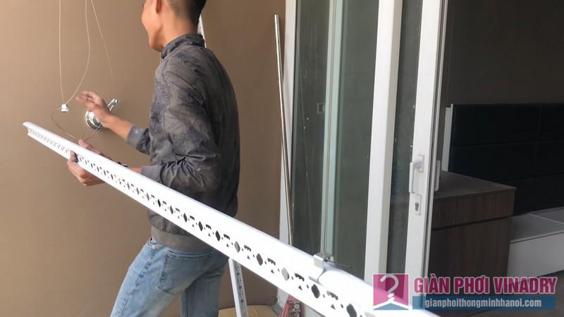 Lắp giàn phơi Cầu giấy bộ giàn phơi Hòa Phát Air 701 nhà chị Linh, chung cư CT4 Vimeco - 06