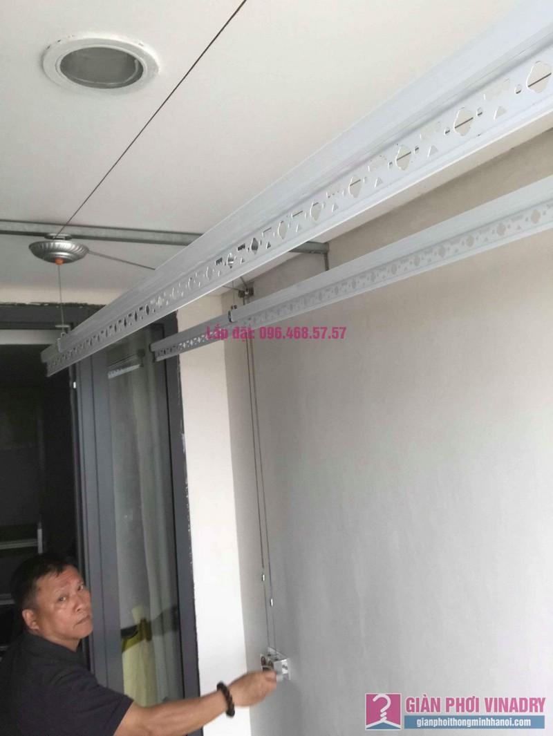 Lắp giàn phơi Hòa Phát 999b nhà chú Khôi, chung cư Mipec Riverside Long Biên, Hà Nội - 06