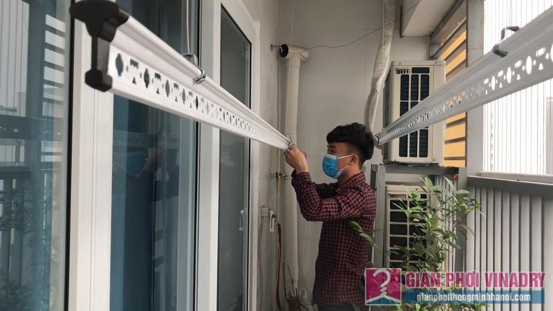 Lắp giàn phơi quần áo 999b nhà chị Tú, chung cư CT1 - A2 Linh Đàm, Hoàng Mai Hà Nội- 02