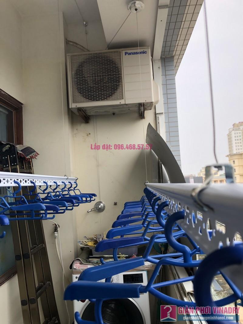 Lắp giàn phơi quần áo nhà chị Băng, tòa nhà Vaem Tây Hồ, ngõ 689 Lạc Long Quân - 02