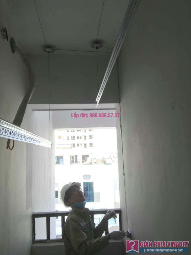 Lắp giàn phơi thông minh Long Biên nhà chị Thịnh, Phòng A1105, chung cư Valencia Garden - 01