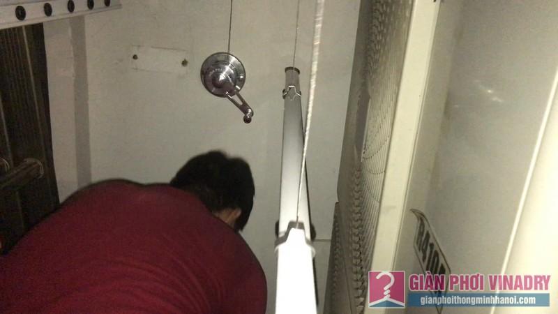 Sửa giàn phơi quần áo nhà chị Vy, căn 2501 tòa Indochina Plaza, Cầu Giấy, Hà Nội - 07