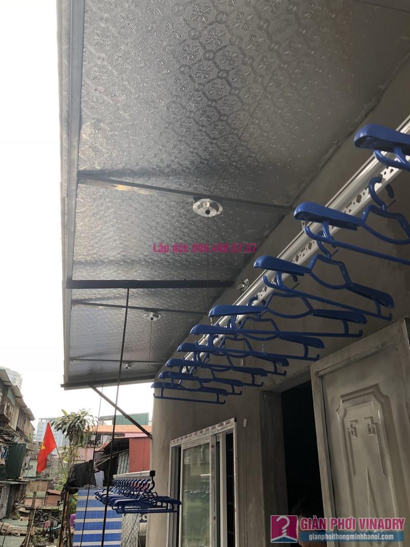 Lắp giàn phơi Ba Đình nhà cô Qúy, nhà B6B, Khu tập thể Thành Công - 03