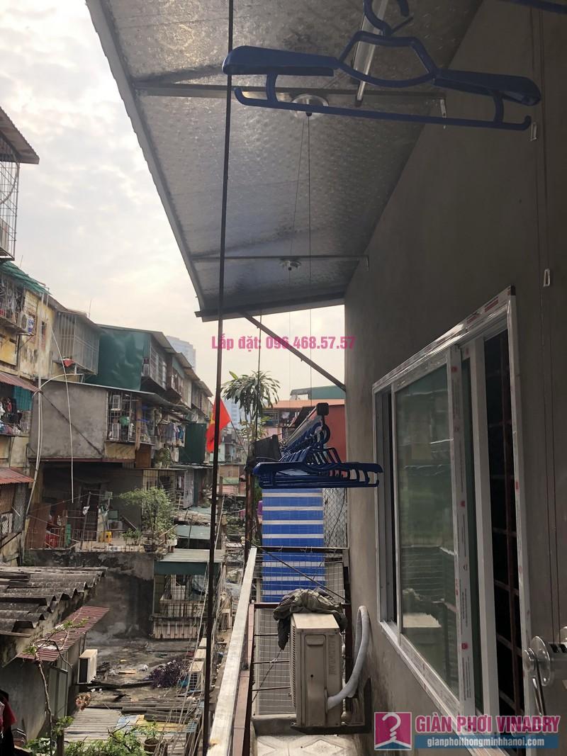 Lắp giàn phơi Ba Đình nhà cô Qúy, nhà B6B, Khu tập thể Thành Công - 06