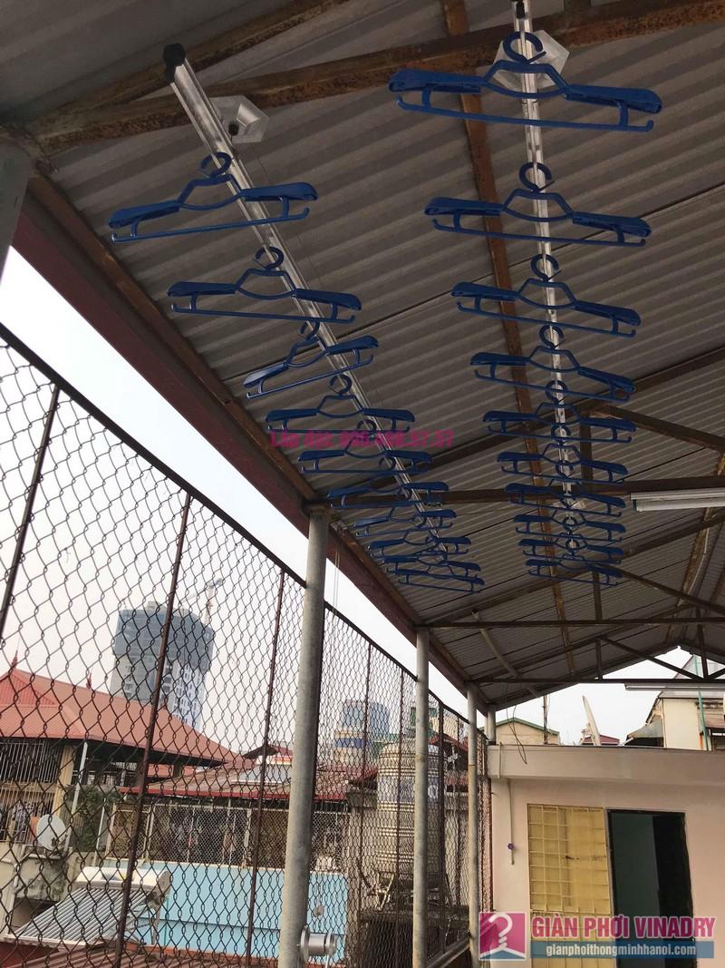 Lắp giàn phơi cho trần mái tôn nhà anh Vui, ngõ 93 Vương Thừa Vũ, Thanh Xuân, Hà Nội - 02