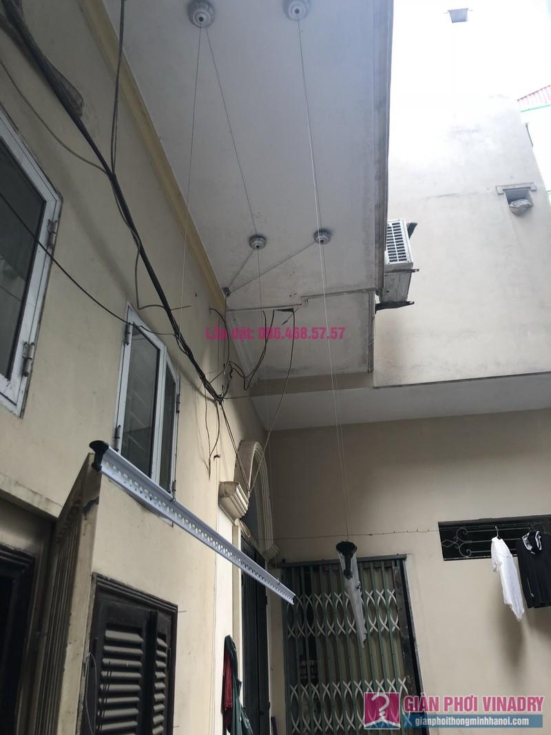 Lắp giàn phơi quần áo 999B nhà cô Nghĩa, ngõ 37 Đại La, Hai Bà Trưng, Hà Nội - 03