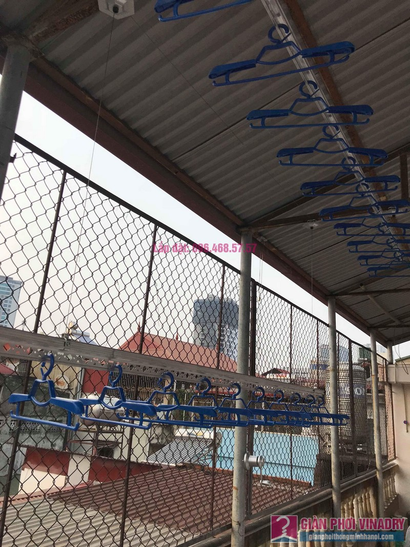 Lắp giàn phơi cho trần mái tôn nhà anh Vui, ngõ 93 Vương Thừa Vũ, Thanh Xuân, Hà Nội - 04