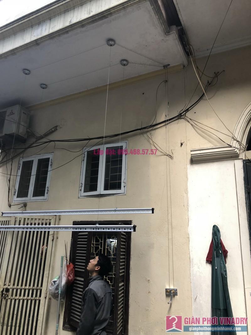 Lắp giàn phơi quần áo 999B nhà cô Nghĩa, ngõ 37 Đại La, Hai Bà Trưng, Hà Nội - 04