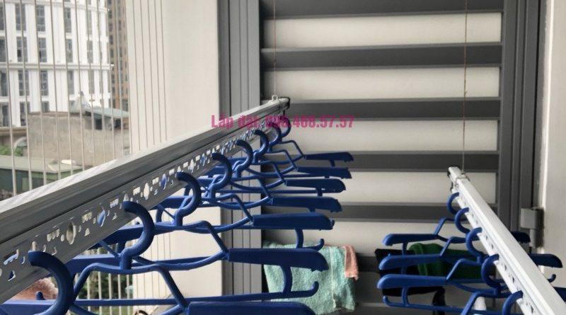 Lắp giàn phơi Hòa Phát Star 950 nhà chị Hạnh, Park 6, Park Hill Times City - 05