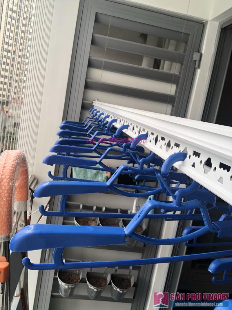 Lắp giàn phơi Hòa Phát Star 950 nhà chị Hạnh, Park 6, Park Hill Times City - 08