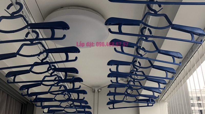 Lắp giàn phơi tại Park Hill Times City nhà anh Chiến, căn 2511, tòa Park 8 - 09