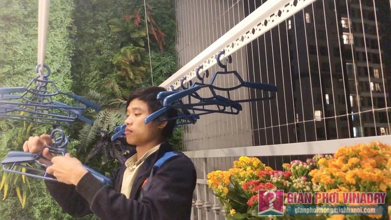 Lắp giàn phơi quần áo nhà anh Tài, tòa A3 chung cư Vinhomes Gardenia, Hà Nội - 02