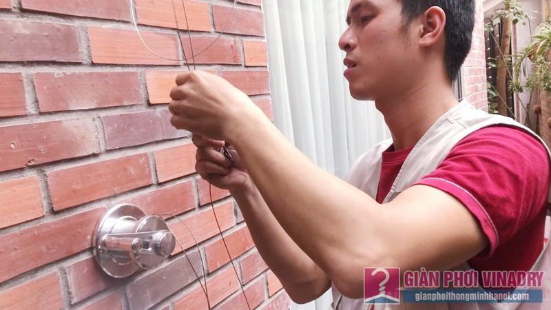 Lắp giàn phơi quần áo nhà chị Ngoan, ngõ 50/18 Võng Thị, Tây Hồ, Hà Nội - 05