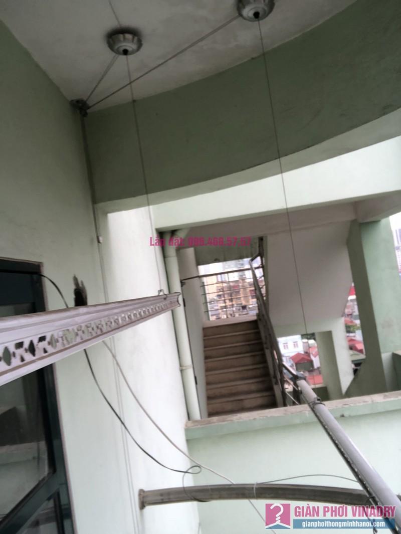 Sửa giàn phơi quần áo nhà chị Nhàn, chung cư X1, ngõ 140 Nguyễn Xiển, Thanh Xuân, Hà Nội -01