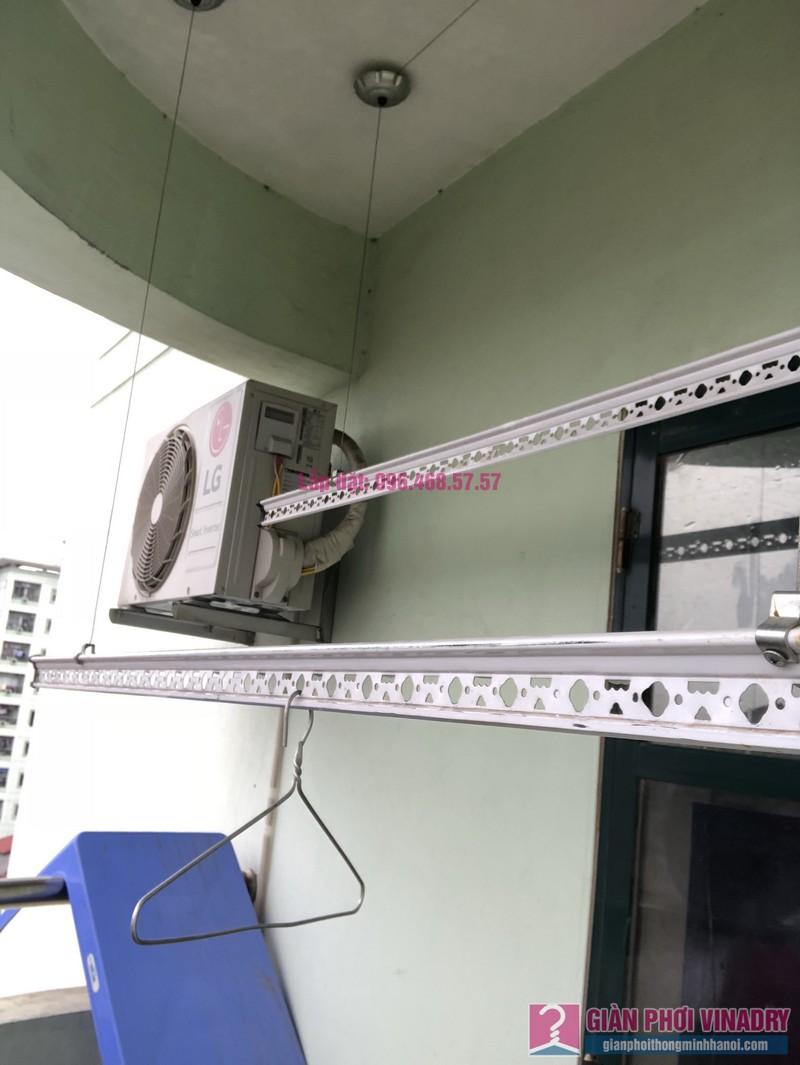 Sửa giàn phơi quần áo nhà chị Nhàn, chung cư X1, ngõ 140 Nguyễn Xiển, Thanh Xuân, Hà Nội -08