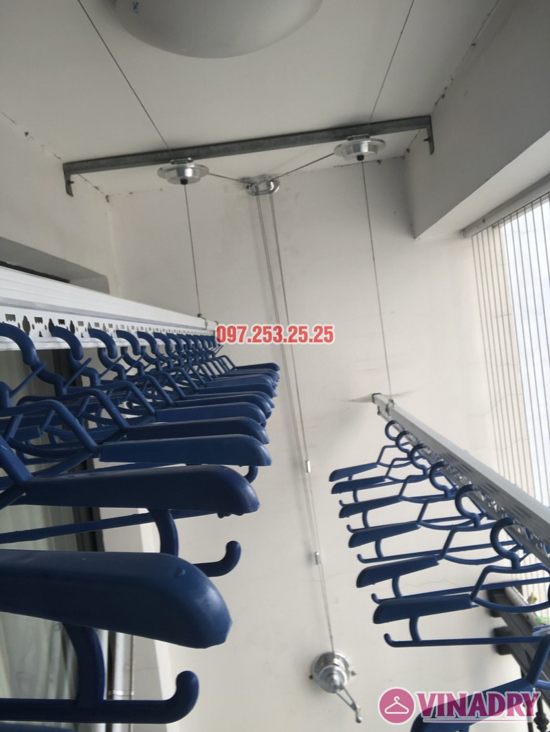 Lắp giàn phơi quần áo tại Times City nhà chị Thiên, căn 2706 tòa T5 - 08