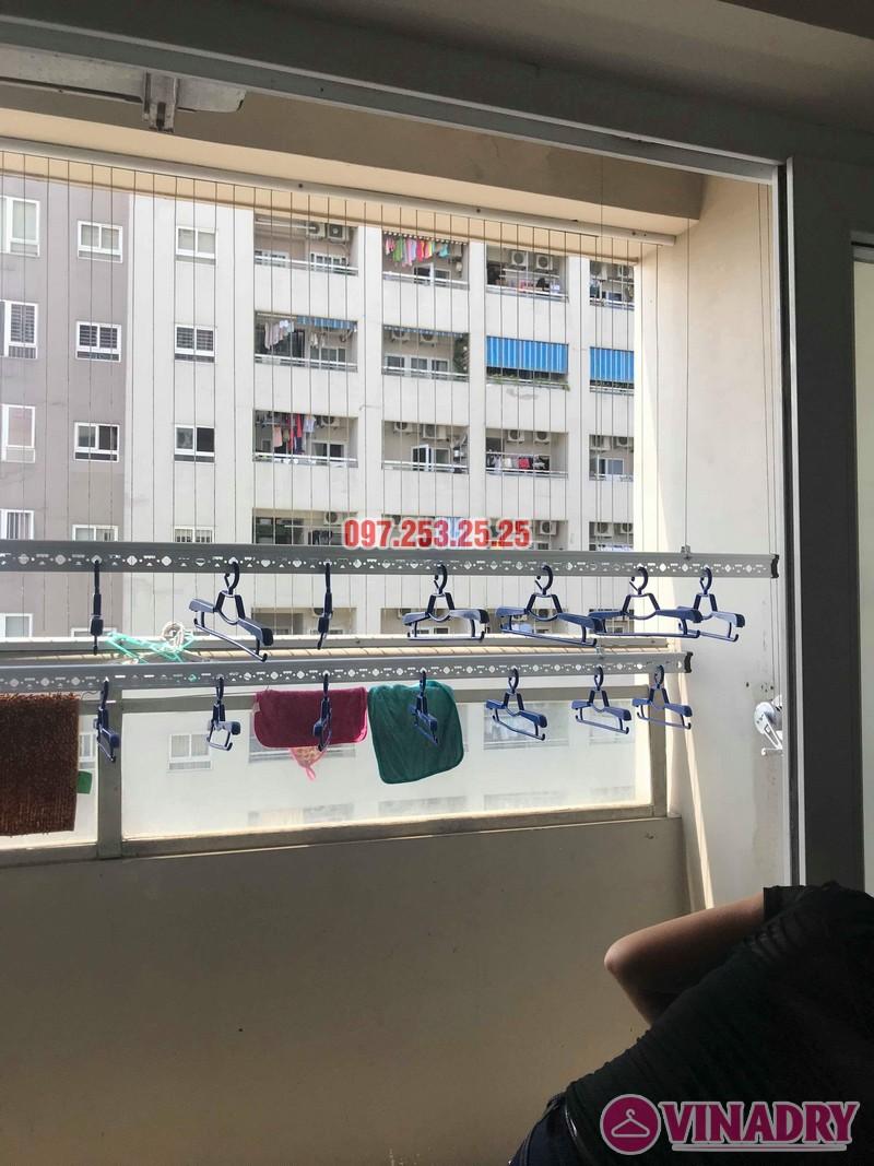 Lắp giàn phơi Hòa Phát nhà chị Thiện, tòa 24T, 85 Vũ Trọng Phụng, Thanh Xuân, Hà Nội - 02