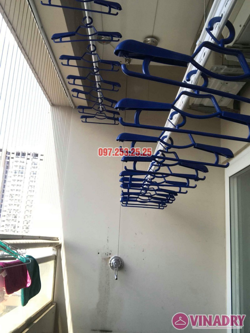 Lắp giàn phơi Hòa Phát nhà chị Thiện, tòa 24T, 85 Vũ Trọng Phụng, Thanh Xuân, Hà Nội - 07