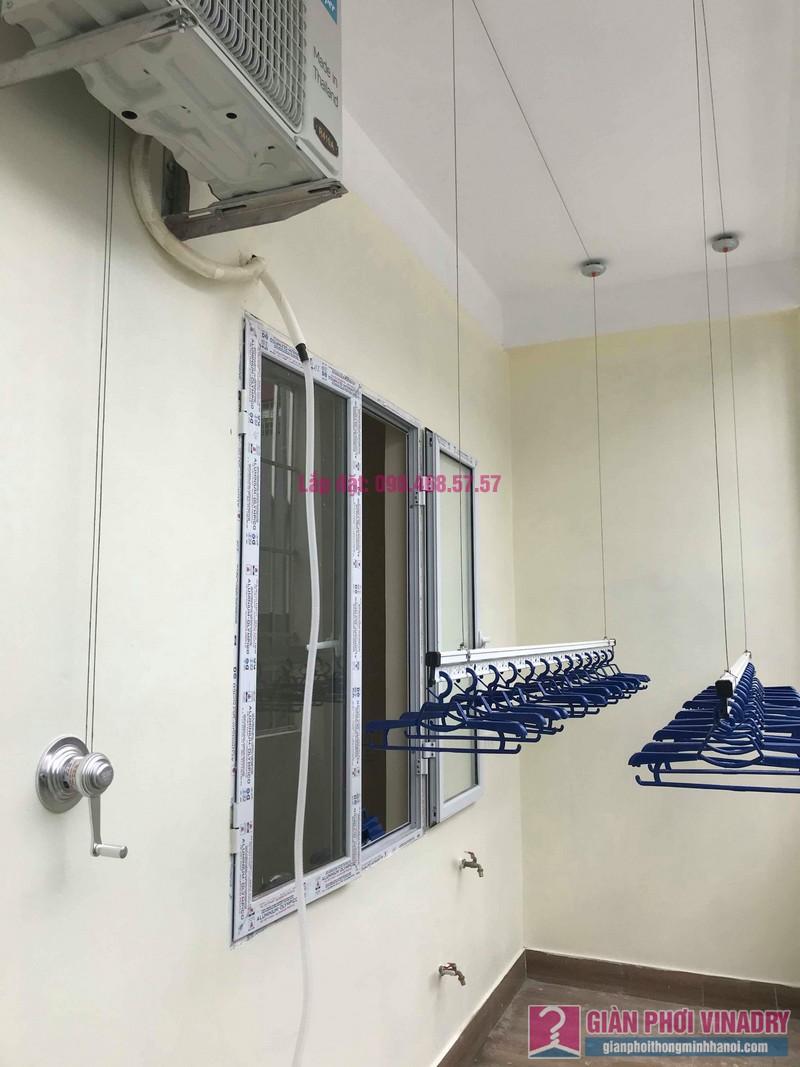 Lắp giàn phơi quần áo nhà anh Kiên, ngõ 20 Hồ Tùng Mậu, Cầu Giấy, Hà Nội - 09
