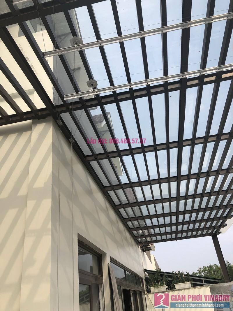 Lắp giàn phơi bấm điện nhà anh Trung, Biệt thự khu Q Ciputra, Tây Hồ, Hà Nội- 04