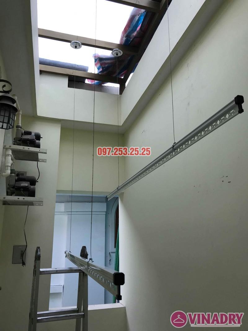 Lắp giàn phơi thông minh Hòa Phát nhà chị Thương, chung cư Vincom Center Long Biên, Hà Nội - 06