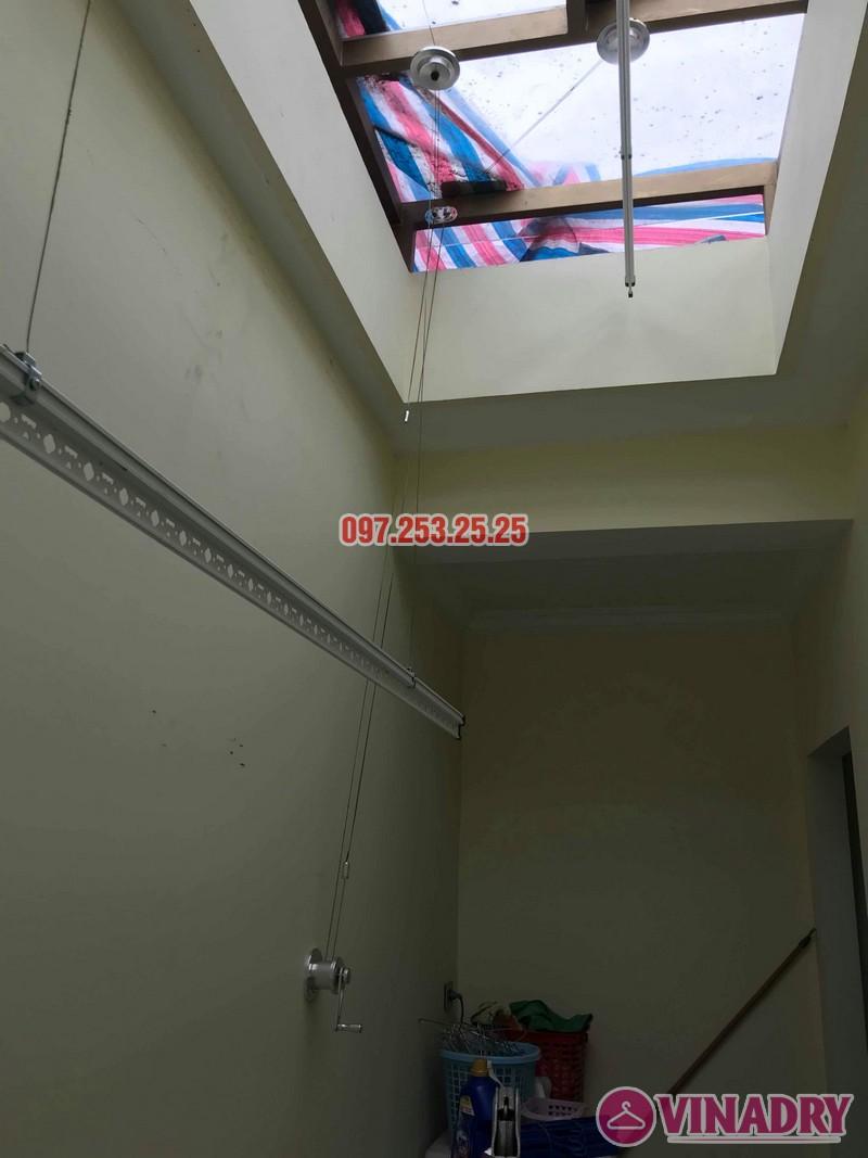 Lắp giàn phơi thông minh Hòa Phát nhà chị Thương, chung cư Vincom Center Long Biên, Hà Nội - 07