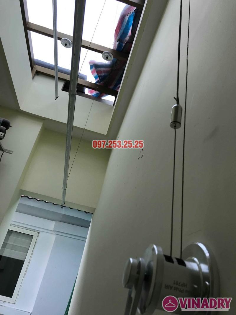 Lắp giàn phơi thông minh Hòa Phát nhà chị Thương, chung cư Vincom Center Long Biên, Hà Nội - 08