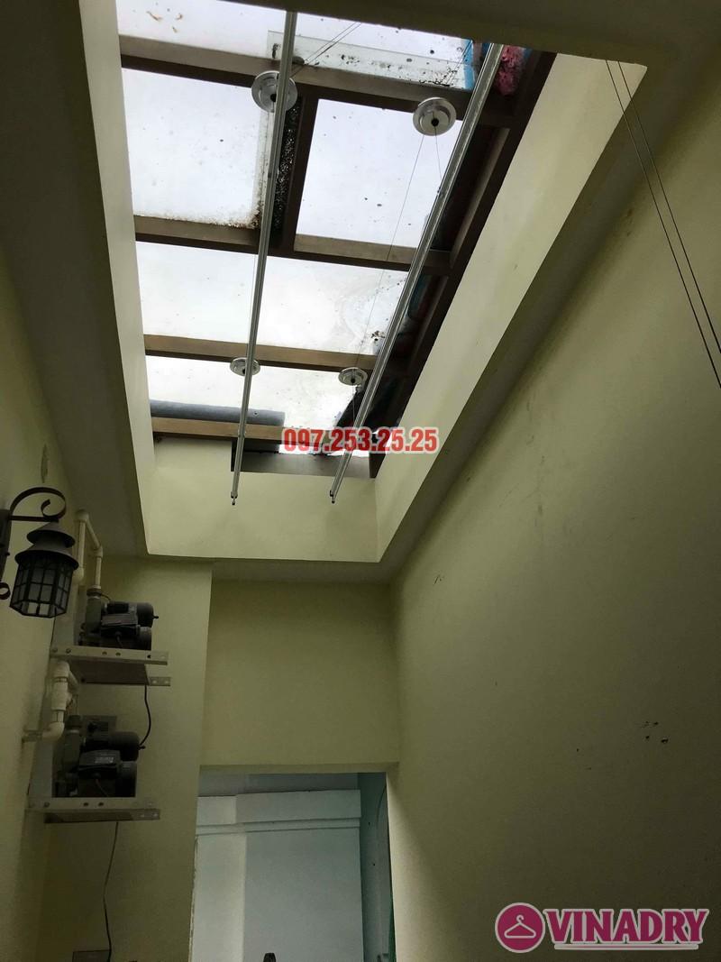Lắp giàn phơi thông minh Hòa Phát nhà chị Thương, chung cư Vincom Center Long Biên, Hà Nội - 09