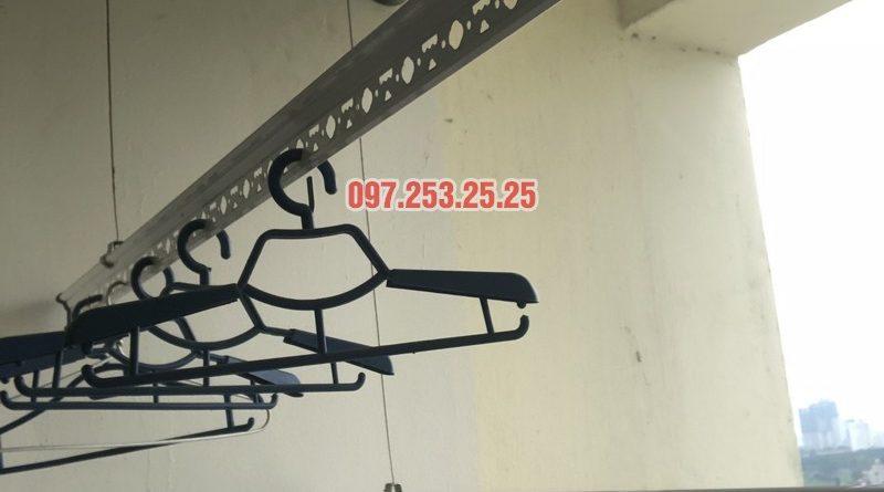 Sửa giàn phơi thông minh nhà chị Miên, căn 1501, CTA khu nhà ở Trung Văn, Nam Từ Liêm - 07