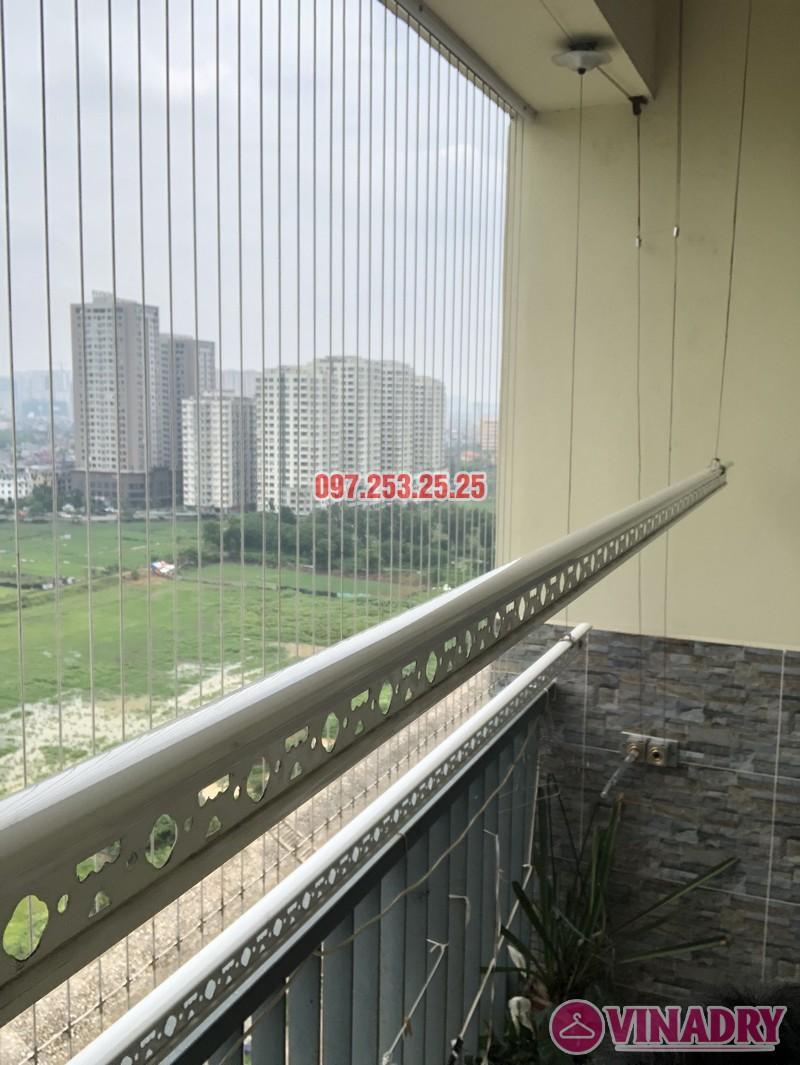 Lắp giàn phơi quần áo nhà chị Định, P1502, khu nhà ở Trung Văn, Nam Từ Liêm, Hà Nội - 01