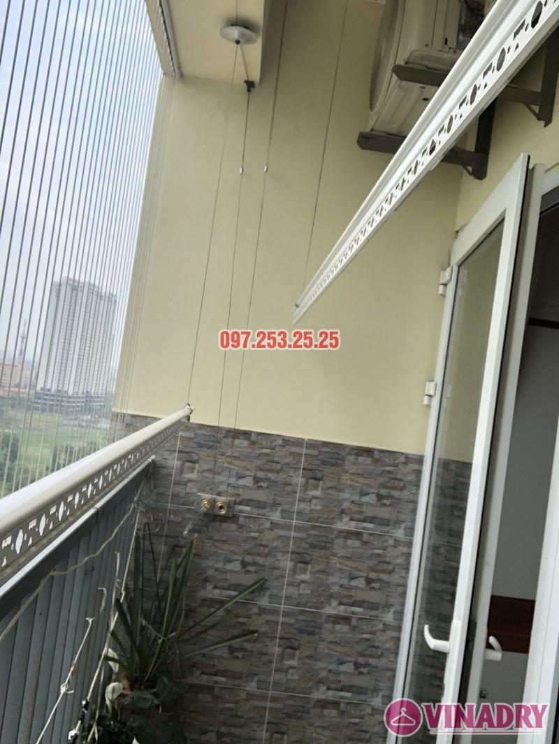Lắp giàn phơi quần áo nhà chị Định, P1502, khu nhà ở Trung Văn, Nam Từ Liêm, Hà Nội - 03