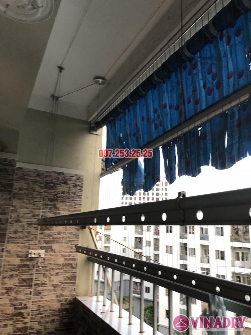 Sửa giàn phơi quần áo nhà chị Thiêm, căn 616, chung cư CT20E, KĐT Việt Hưng - 07