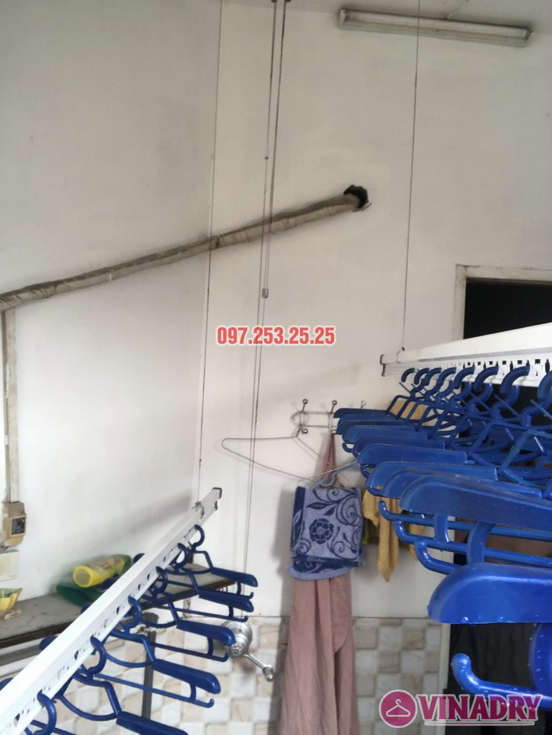 Lắp giàn phơi quần áo tại Thanh Xuân nhà chị Cẩm, căn 504 tòa Cowaelmic, 198 Nguyễn Tuân - 09