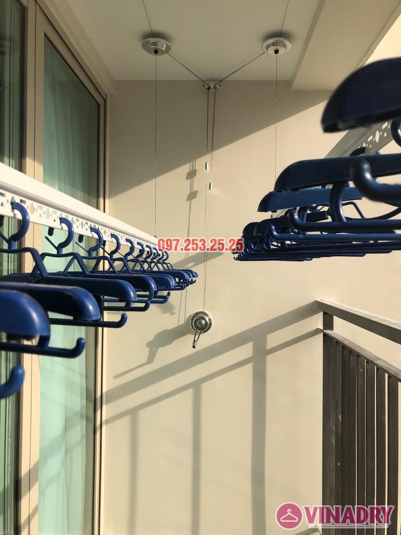 Lắp giàn phơi Hòa Phát tại Hoàng Mai nhà chị Thu, căn 706 tòa B, chung cư Mandarin Garden 2 - 04