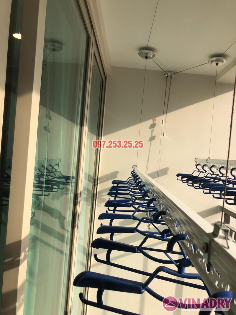 Lắp giàn phơi Hòa Phát tại Hoàng Mai nhà chị Thu, căn 706 tòa B, chung cư Mandarin Garden 2 - 05
