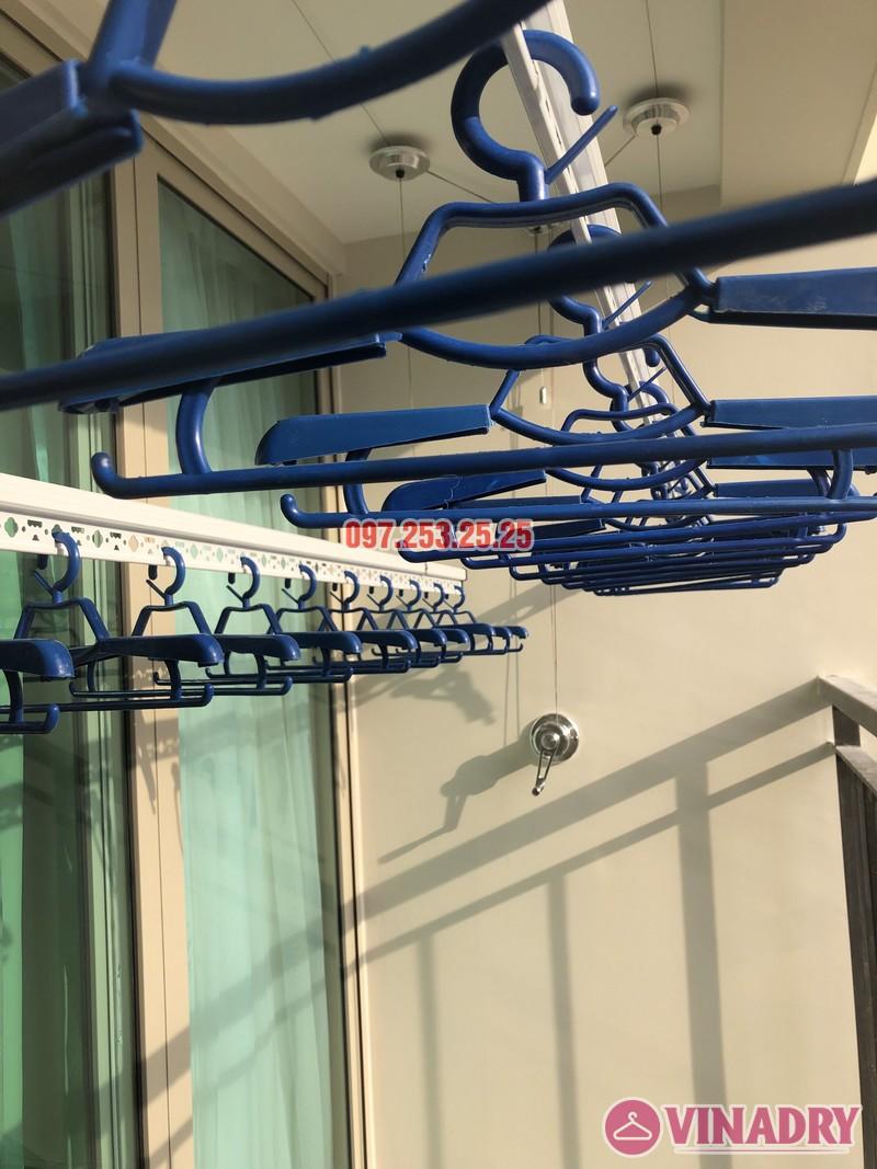 Lắp giàn phơi Hòa Phát tại Hoàng Mai nhà chị Thu, căn 706 tòa B, chung cư Mandarin Garden 2_09