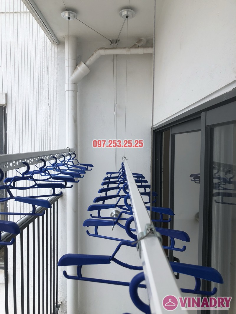 Lắp giàn phơi Hòa Phát tại Thanh Xuân nhà chị Bích, căn 1304 tòa B Golden West - 03
