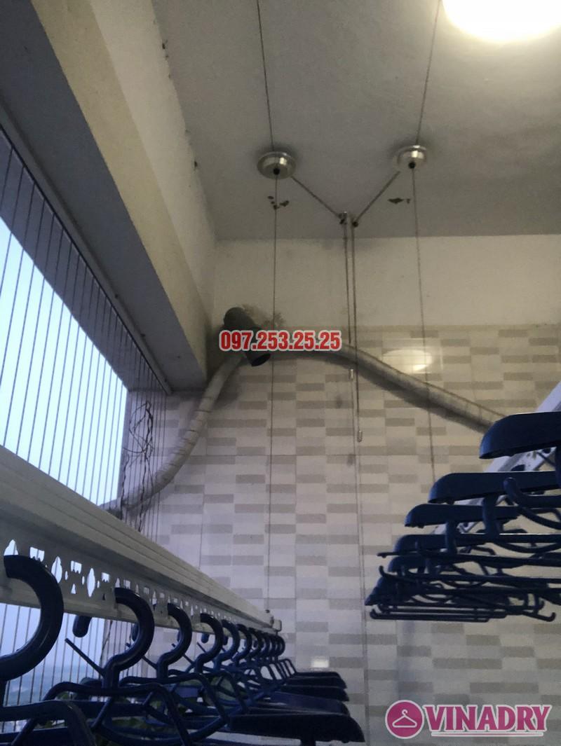 Lắp giàn phơi Hòa Phát giá rẻ cho nhà chị Thiêm, căn 4138, CT12C Kim Văn Kim Lũ - 04