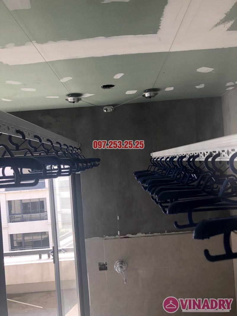 Lắp giàn phơi cho trần thạch cao nhà chị Hậu, nhà E3 khu Pandora 53 Triều Khúc, Thanh Xuân - 03