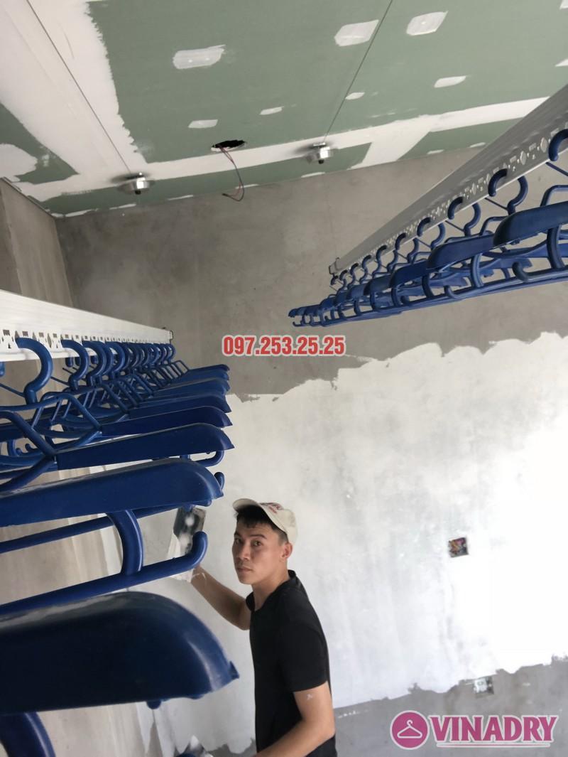 Lắp giàn phơi cho trần thạch cao nhà chị Hậu, nhà E3 khu Pandora 53 Triều Khúc, Thanh Xuân - 05
