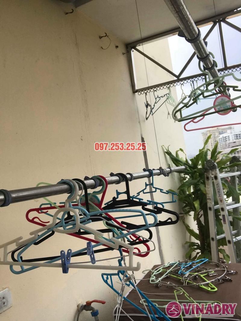 Sửa giàn phơi quần áo thông minh nhà chị Hồng, chung cư 15-17 Ngọc Khánh, Ba Đình, Hà Nội - 06