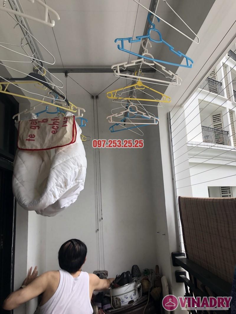 Sửa giàn phơi quần áo tại Thanh Xuân nhà anh Thắng, căn 2a21, tòa R4B Royal City - 02