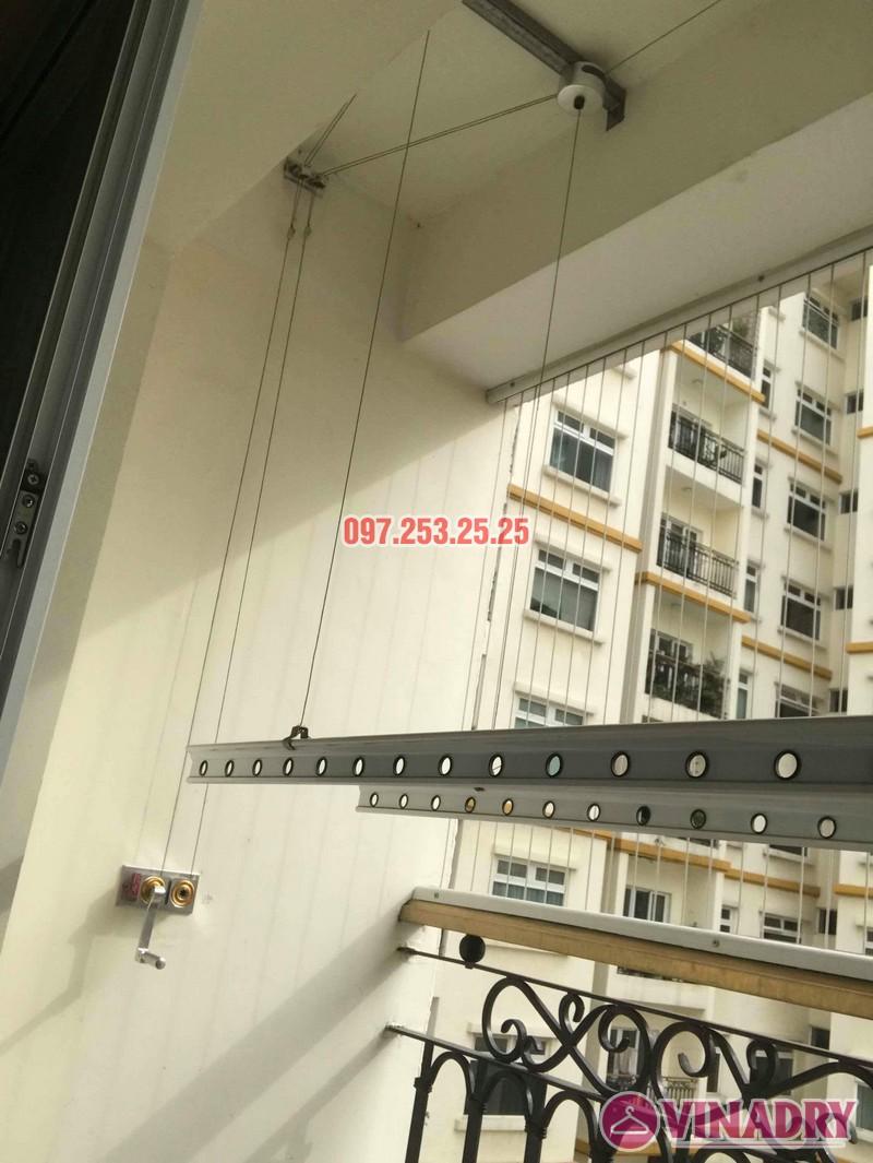 Sửa giàn phơi quần áo tại Hai Bà Trưng nhà chị Mai, chung cư Hòa Bình Green, 505 Minh Khai - 06
