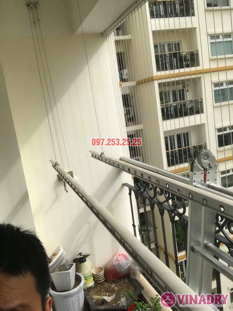 Sửa giàn phơi quần áo tại Hai Bà Trưng nhà chị Mai, chung cư Hòa Bình Green, 505 Minh Khai - 07